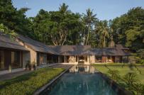 Nhà vườn kết hợp kiến trúc Đông - Tây độc đáo