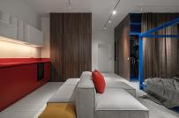 Căn hộ 52m2 với nội thất đỏ - vàng - xanh dương tương phản thú vị