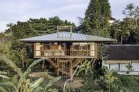 Ngôi nhà gỗ sang trọng,