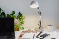 5 mẹo giúp cải thiện ánh sáng văn phòng tại nhà của bạn