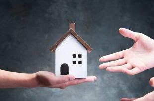 Nhận nhà thừa kế có phải đóng thuế thu nhập cá nhân và lệ phí trước bạ?