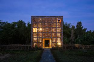 Ghé thăm xưởng gốm khối lập phương độc đáo ở Quảng Nam
