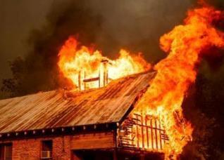Cháy nhà trọ, chủ đất hay người thuê sẽ phải bồi thường?