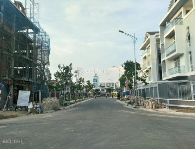 Nhà phố xây sẵn mặt tiền Bùi Văn Ba, 1 trệt 3 lầu. Thanh toán chỉ 35% giá trị 7525174