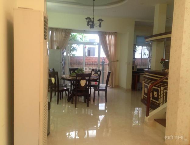 Biệt thự Hưng Thái, Phú Mỹ Hưng Quận 7, cho thuê chỉ 24tr/tháng, đầy đủ nội thất, LH: 0902530899 7554660
