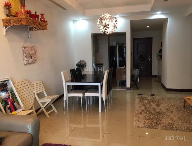 Cho thuê chung cư Royal City, căn hộ tầng 20, 98m2, 2 phòng ngủ, đủ đồ. LH 0987391311 7746283