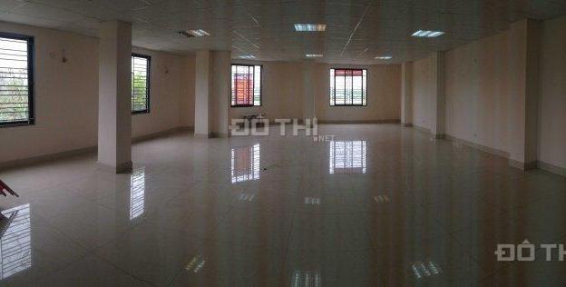 Cho thuê văn phòng diện tích 100m2, 140m2 gần Cầu Diễn tiện làm văn phòng công ty 7748708