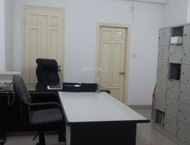 Cho thuê văn phòng phố Trung Liệt, Đống Đa, DT 35m2 có điều hòa 7883924