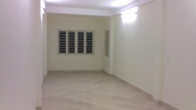 Chính chủ cho thuê căn hộ 20m2 đầy đủ điều hòa nóng lạnh, gần Cầu Giấy 3615157