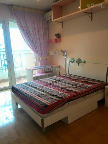 Cho thuê chung cư N05 Trần Duy Hưng tầng 19, 155m2, 3 PN, đủ nội thất giá 19 tr/th. LH 0903448179 5613385