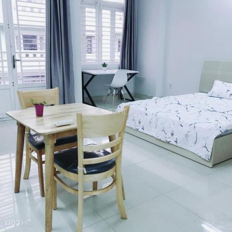 Phòng cao cấp full nội thất nằm ngay trung tâm Q. 3, DT: 38m2, giá 6,3 triệu/th. 0918856800 8966872