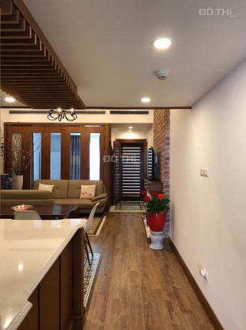 Cho thuê căn hộ cao cấp số 2 Hoàng Cầu, Hà Nội. Căn hộ DT: 70m2, 2PN, full đồ đẹp, giá 11 triệu/th 11109914