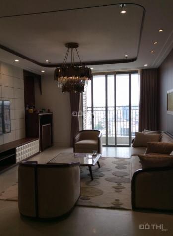 Bán căn hộ cao cấp chung cư Vinhomes Nguyễn Chí Thanh, căn góc 138m2, 3PN, sổ đỏ CC. LH: 0903448179 11154710