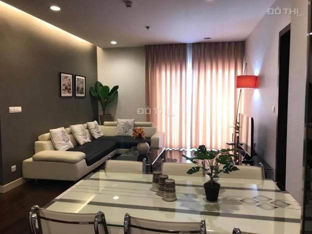 Cho thuê chung cư Lancaster Hà Nội, 126m2, 3 PN, đủ đồ cực đẹp, nội thất tone đen trắng, view hồ 11762067