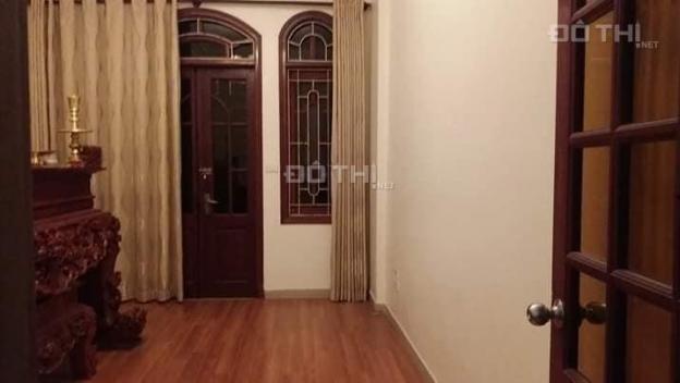 Bán nhà nhỉnh 3 tỷ Nguyễn Chí Thanh 37m2, 5 tầng, mới, ở luôn, ô tô gần nhà, một căn duy nhất 11849392