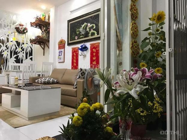 Bán nhà hẻm xe hơi, Trường Sa, P. 13, Phú Nhuận, 35m2, 2 lầu, siêu đẹp, giá chỉ 4.4 tỷ 12000423