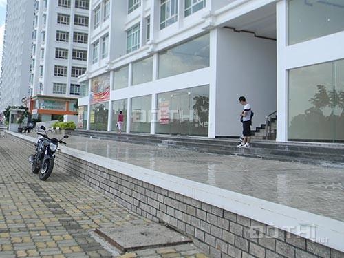 Cho thuê shophouse mặt tiền Nguyễn Hữu Thọ, DT 200m2, giá 35 tr/tháng. LH 0901319986 12013651