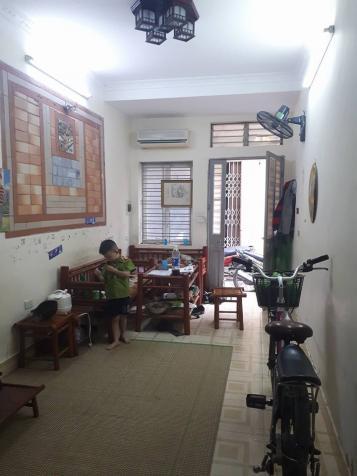 Siêu hot nhà 2 tầng 43m2 phố Hoàng Văn Thái, ô tô đỗ cửa, giá 1.5 tỷ 12093574