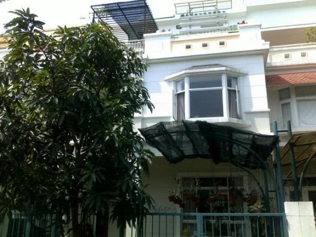 Chủ gửi bán gấp biệt thự Mỹ Thái 2 Phú Mỹ Hưng Q7, nằm liền kề công viên 2ha hướng Đông Nam 12333626
