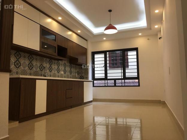 Chính chủ cần bán nhà riêng phường Xuân La, Tây Hồ, DT 33m2 x 5T mới tinh, giá siêu rẻ 2,3 tỷ 12112475