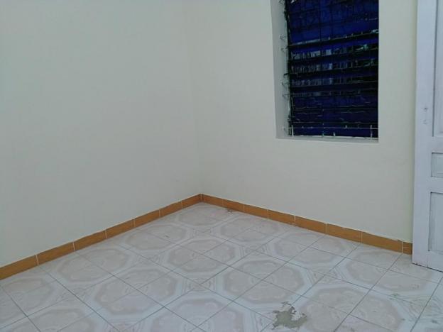 Cho thuê căn hộ tập thể số 10 Phan Văn Trường - Cầu Giấy - Hà Nội. LH Ms Khôi 0967763639 12353806