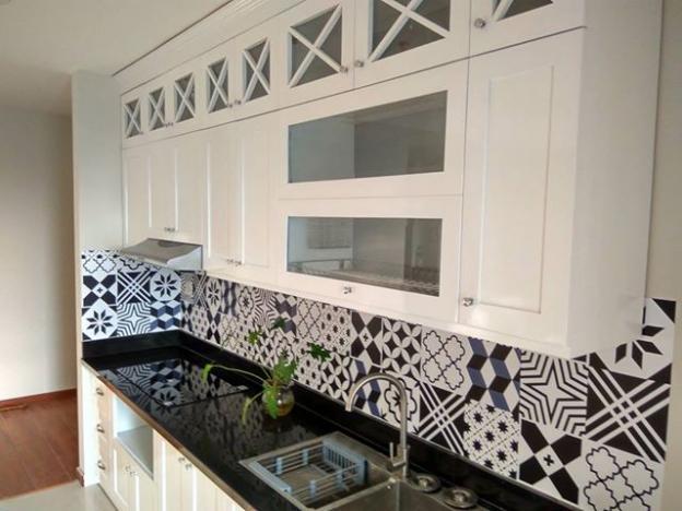 Cho thuê căn hộ chung cư 335 Cầu Giấy, 3 phòng ngủ đồ cơ bản. Giá 8 triệu/tháng, 0965820086 12269716