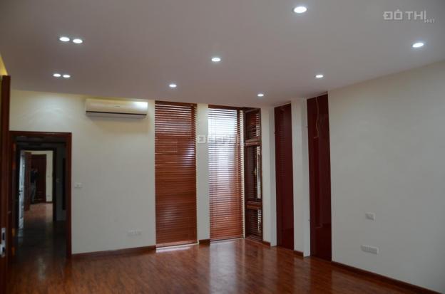 Cho thuê biệt thự M08 - khu A, KĐT Nam Cường Dương Nội. DT 220m2 x 4 tầng, giá 20 triệu/th 12306929