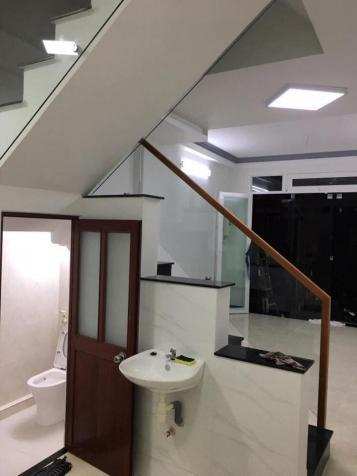 Cần tiền bán gấp nhà 3 tầng trung tâm Phú Nhuận chỉ 2,4 tỷ 12406121