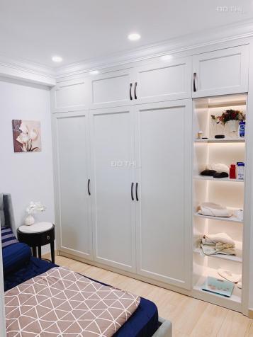 Cho thuê căn hộ Gold View 2 phòng ngủ, nội thất cao cấp, 20 triệu/tháng/năm 12465866