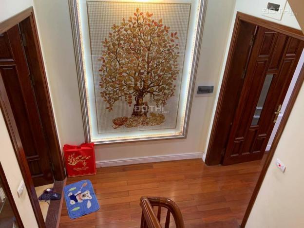 Bán nhà đẹp Nguyễn Đình Thi 60m2, ô tô tránh, lô góc, kinh doanh, giá chỉ 8,5 tỷ. LH 0983034111 12528978