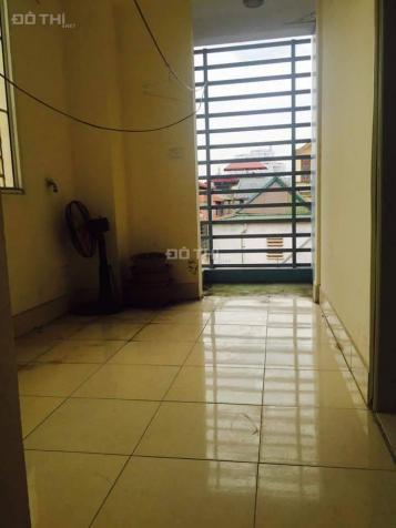Bán nhà Thái Thịnh, S 20m2, 4 tầng, ngõ 3m ô tô đỗ sầm uất. Giá 2,2 tỷ 12555576