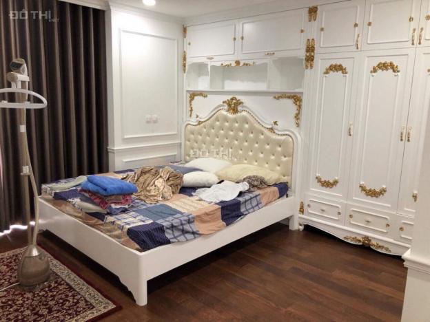 Cho thuê căn hộ Diamond Flower Tower, DT 126m2, 3 phòng ngủ, đồ cơ bản, 20 tr/th. 0902872555 12533943