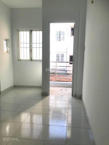 Cần bán nhà đường Nguyễn Trãi, quận 5, gần chợ Bàu Sen, 1 trệt, 1 lửng, 1 lầu, ST, giá 4.2 tỷ 12655633