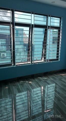 Cần bán nhà mặt phố Lý Thường Kiệt - DT 32m2, nhà 5 tầng, mặt tiền 4m, đến ở ngay. LH 0965965046 12672639