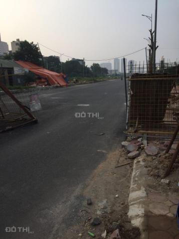 Cần bán gấp nhà mặt ngõ Hoàng Quốc Việt, DT: 52m2, MT: 7.6m, nhà ngõ ô tô tránh, KD văn phòng 12692550