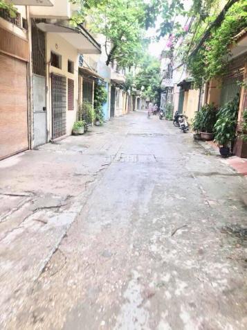 Cần bán đất Hoàng Văn Thái, ô tô vào nhà,43m2 MT 3,6m, giá thỏa thuận. Lh 0862622386. 12698582