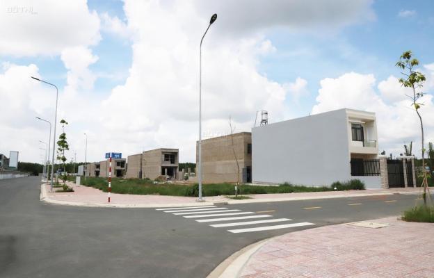 Nhà phố hoàn thiện, gần Vsip 2,3 Bình Dương, 100% TC, SHR, công chứng ngay. LH: 0901929696 12706464