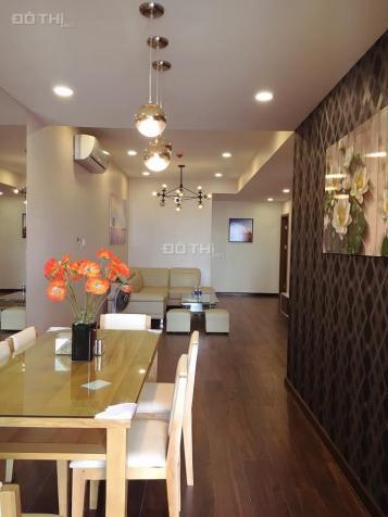 Cho thuê chung cư Discovery Complex, 2 phòng ngủ, vừa xong nội thất, 101m2, 17 tr/th. 0963212876 11868273