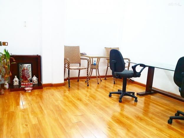 Cho thuê văn phòng trung tâm Phú Mỹ Hưng Quận 7, 5tr/tháng bao điện nước 12706772