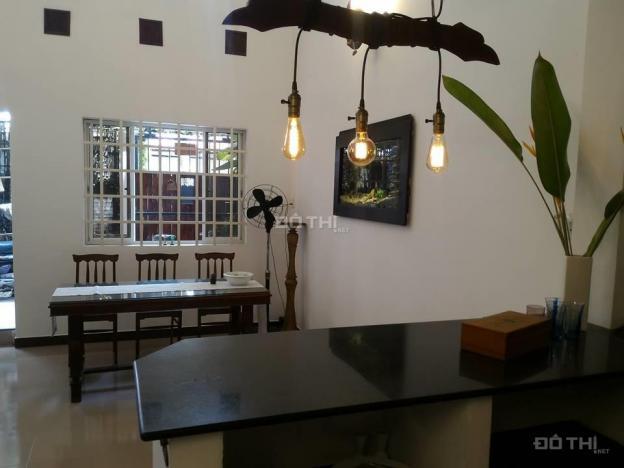 Cho thuê nhà nhỏ xinh Thảo Điền - 2 phòng - nhiều không gian xanh, 28 triệu/tháng 12709363