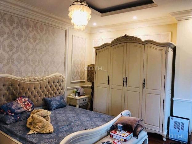 Bán biệt thự 4 tầng phố Nguyễn Văn Cừ, 100m2, MT 8m, gara, ô tô, giá chỉ 12.2 tỷ. LH 0904627684 12712244