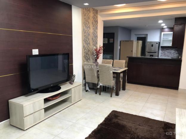 Cho thuê căn hộ chung cư tại dự án Hùng Vương Plaza, Quận 5, Hồ Chí Minh, DT 121m2, giá 21 tr/th 12716634