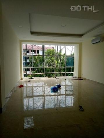 Cho thuê văn phòng tại Khuất Duy Tiến - Trần Duy Hưng, DT 67 m2/tầng 12721992