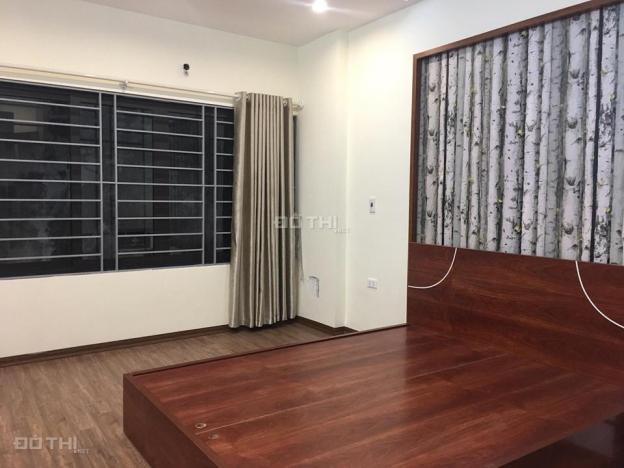 Nhỉnh 2 tỷ đã có nhà 5 tầng tại Hà Nội, bán nhà Lương Khánh Thiện, 5 tầng, giá 2.45 tỷ, ô tô đỗ cửa 12753116