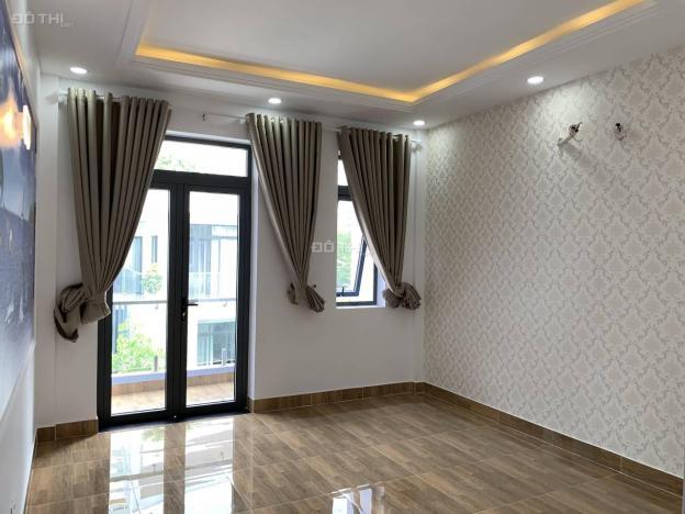 Bán nhà mới xây 3 tầng, giá 8.35 tỷ, KDC Chợ Lớn P. Phú Mỹ, Q. 7, 5x18.5m, giá thật 100% 12765099