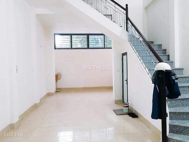 Bán nhà riêng phố Xuân Thủy 45m2 x 4T phân lô ô tô, kinh doanh sầm uất, giá chỉ 8.8 tỷ 12783754