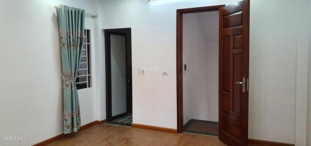 Bán nhà 16 phố Thượng Thụy, Phú Thượng, Tây Hồ, 5 tầng 35m2, ô tô đỗ cổng, 2,5 tỷ 12788836