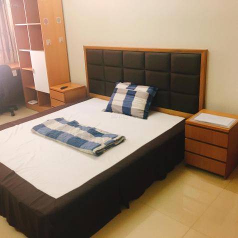 Phòng có ban công, full nội thất, Trần Đình Xu, Quận 1, bếp. Miễn phí ở 5 ngày đầu tiên 12795748