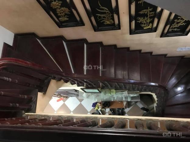Bán gấp nhà 4.5 tầng, DT 40m2 tại Phùng Khoang, Trung Văn cách ô tô 5m, giá 2.7 tỷ. 0944913779 12812254