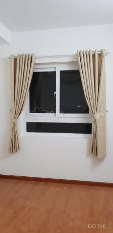 8 tr/tháng. Cọc 1 tháng, cần cho thuê căn hộ Depot Metro Tham Lương (3 PN) có máy lạnh, rèm, quạt 12833562
